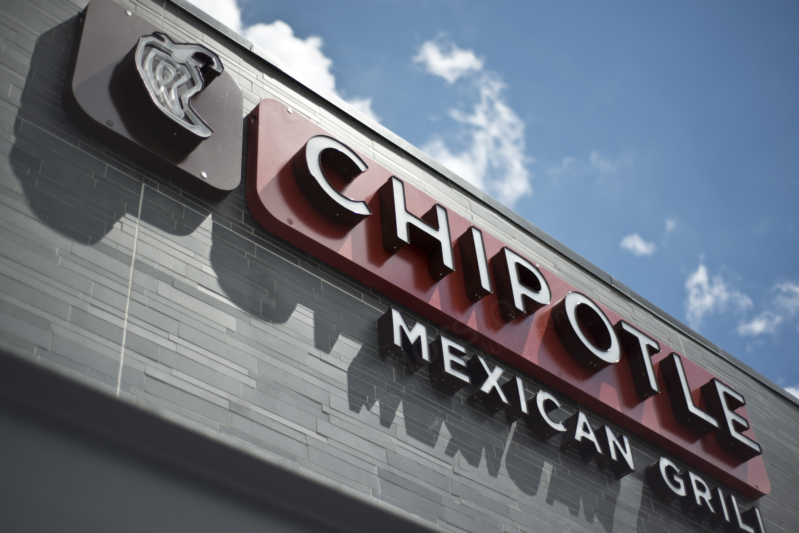 Basalt Mosaic Interlocking Tile - Chipotle Signage Florida