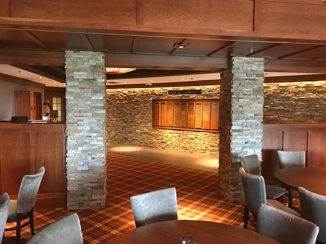 Mixed Installation of Ochre Standard Series and XLX Series Rock Panels at a country club in Wisconsin