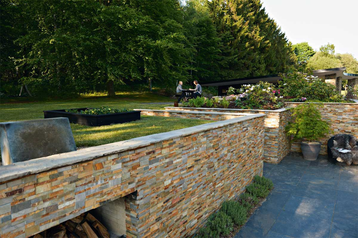 Introduction on using stacked stone panels for landscaping projects