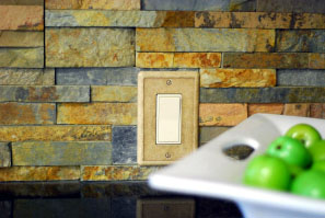 Stacked stone backsplash outlet detail