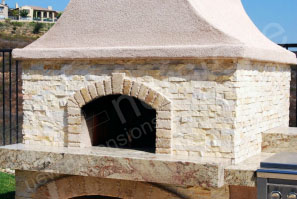 Tumbled stone with rock panels