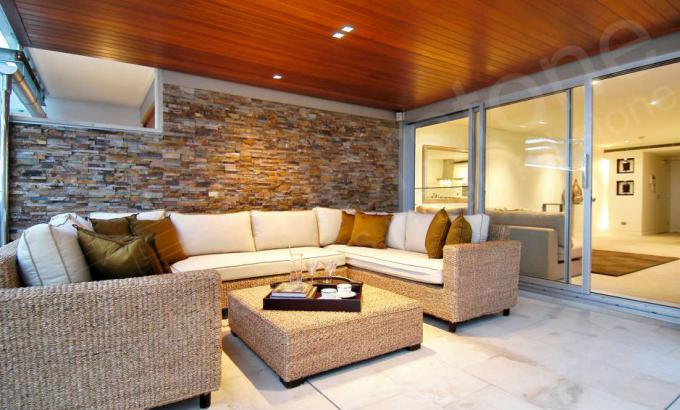 Natural Stacked Stone Veneer for a Feature Wall