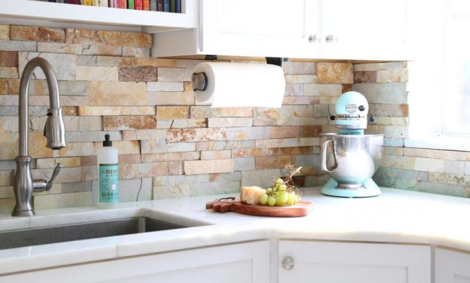 Aztec Gold Stacked Stone Kitchen Backsplash