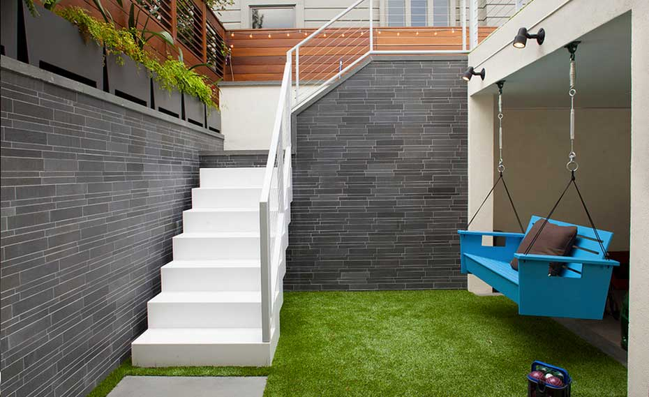 Smooth Modern Greystone Walls the Courtyard of a home in San Francisco California