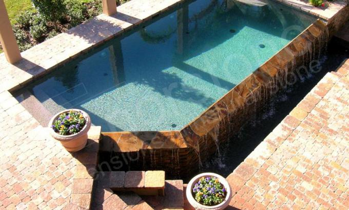 Norstone Natural Stacked Stone Veneer Used in a Pool Application