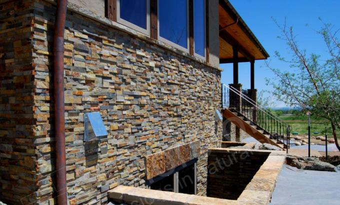 Thin Stone Veneer used as a Wainscot