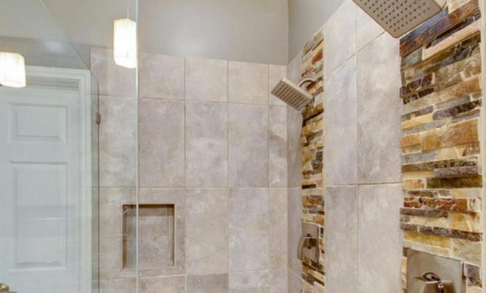 Natural Stone Veneers Used in Shower