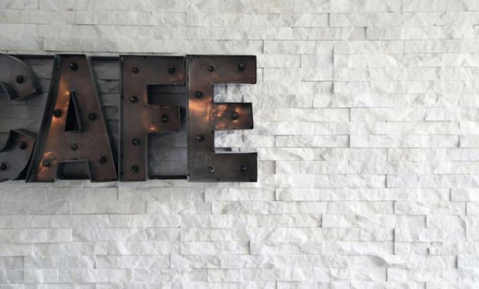 White Quartz Feature Wall in New York