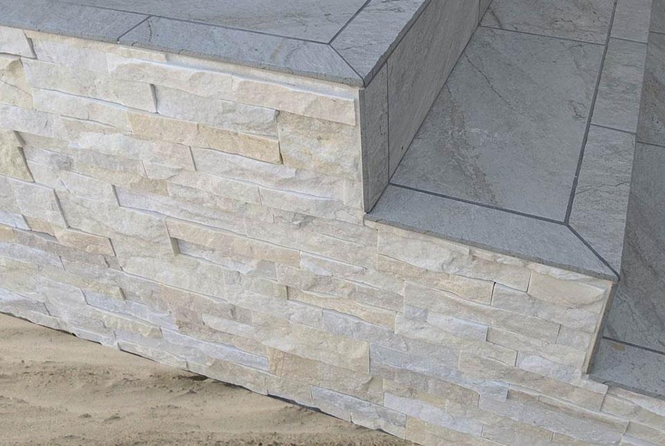 Stacked Stone Ledgestone Veneer Wall