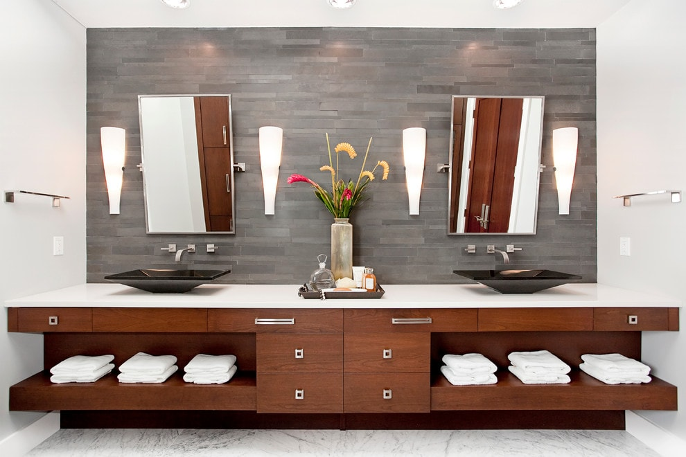 Norstone Honed Aksent Series Modern Stone Veneer Wall Panels in Ash Grey color used on a bathroom backsplash