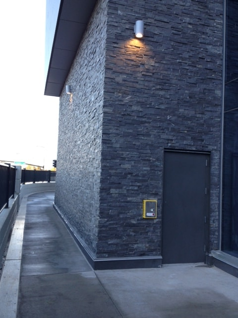 Norstone Charcoal XL Large Stone Veneer with interlocking finger joint outside corners used at Mall of America in Minnesota