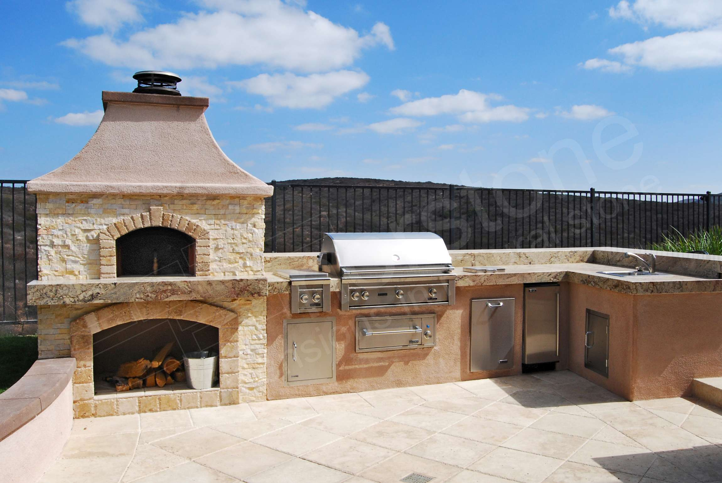 Norstone Ivory Stacked Stone Rock Panels on Outdoor Backyard Pizza Oven