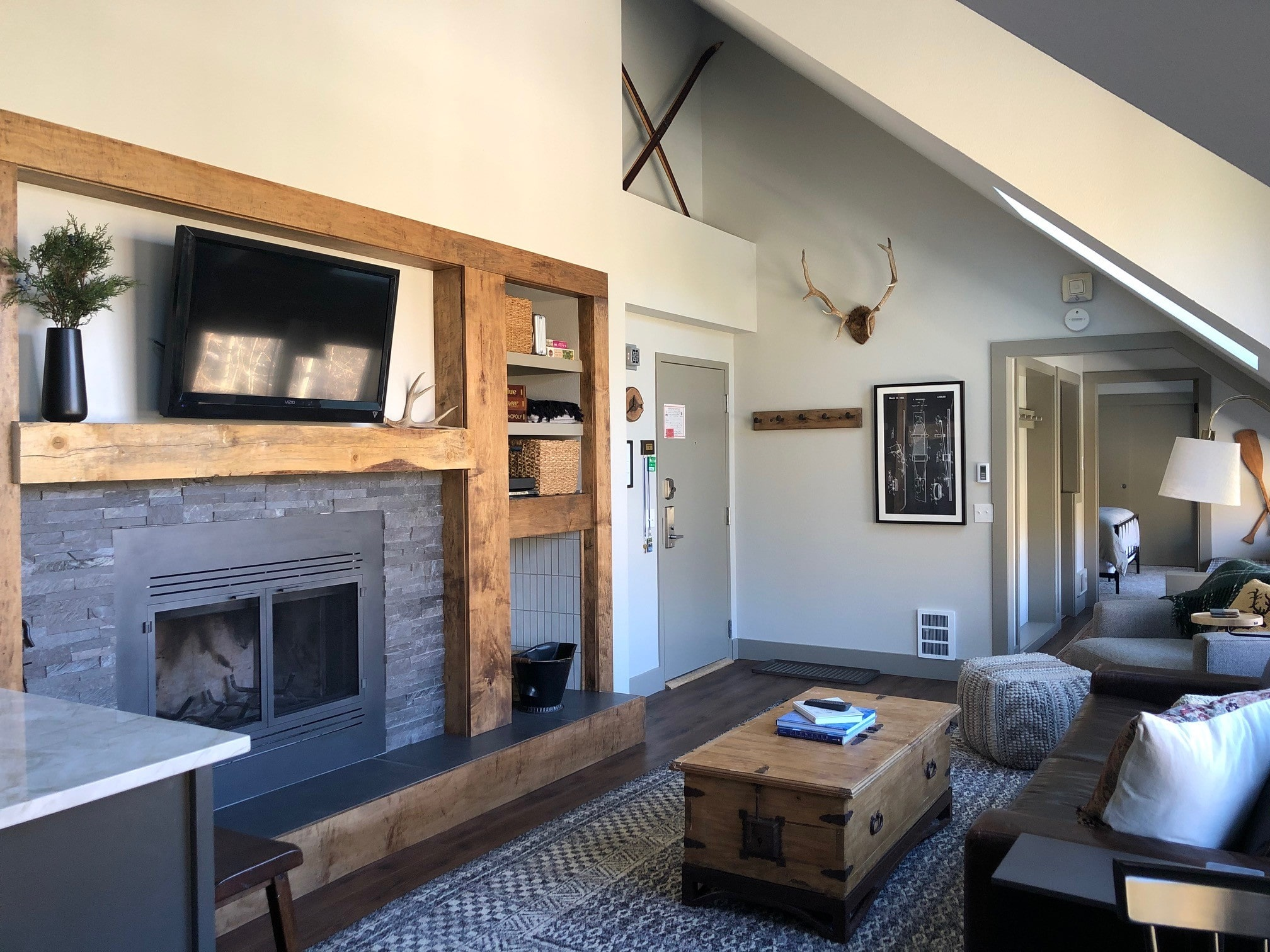 Norstone Charcoal Rock Panels surrounding fireplace in Colorado mountain ski condo